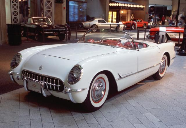 1953_chevy_corvette_image_002_1600_w640