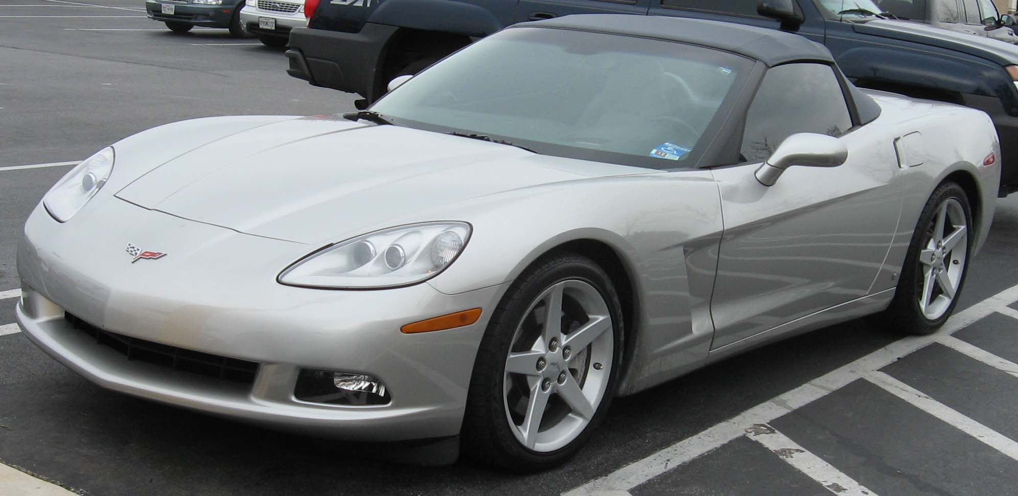 Chevrolet-Corvette-C6-convertible